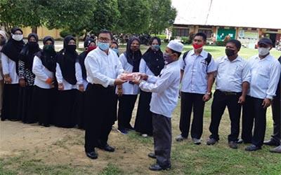 SMK Negeri 2 Karang Baru turut mendukung program Gemas (Gerakan Memakai Masker)